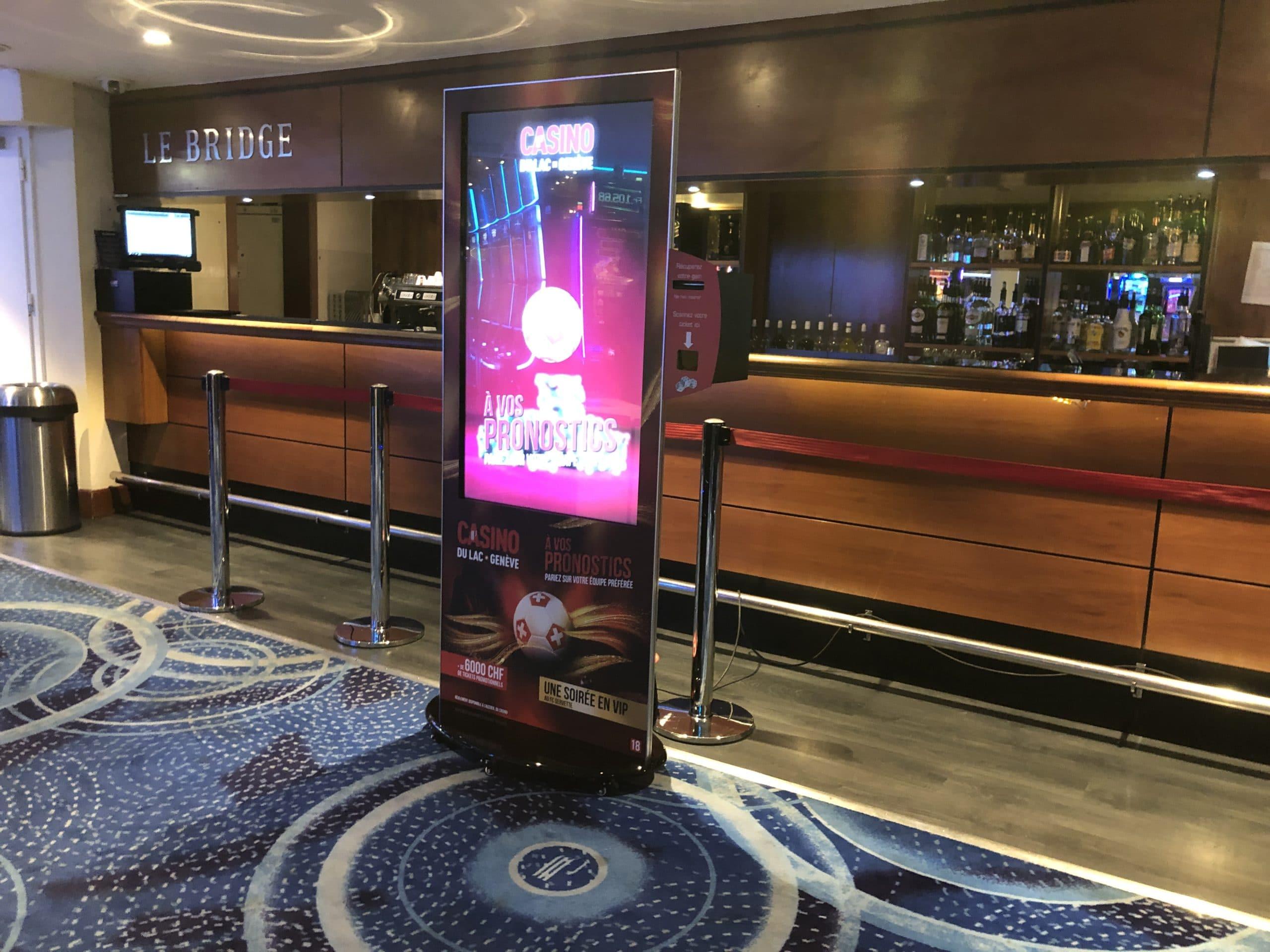 Coupe d'Europe 2021 une borne tactile pour vos pronostics au Casino du Lac de Meyrin